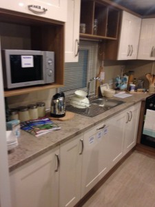 Pemberton Marlow mobile home kitchen