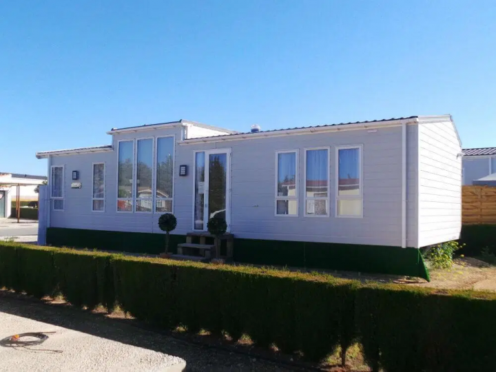 How to keep your mobile home cool in hot summer weather
