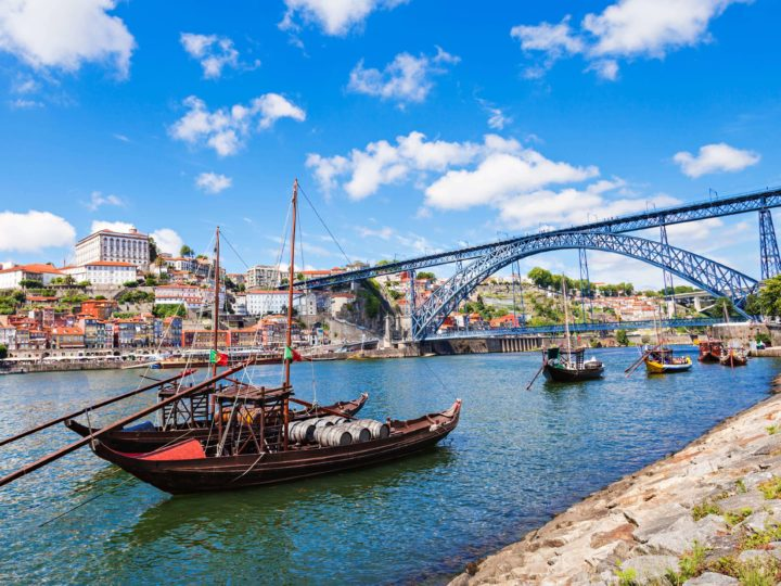 Top reasons to move to Portugal