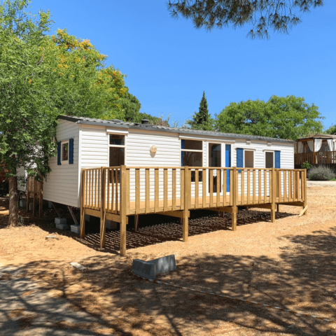park home mobile home in sunny location